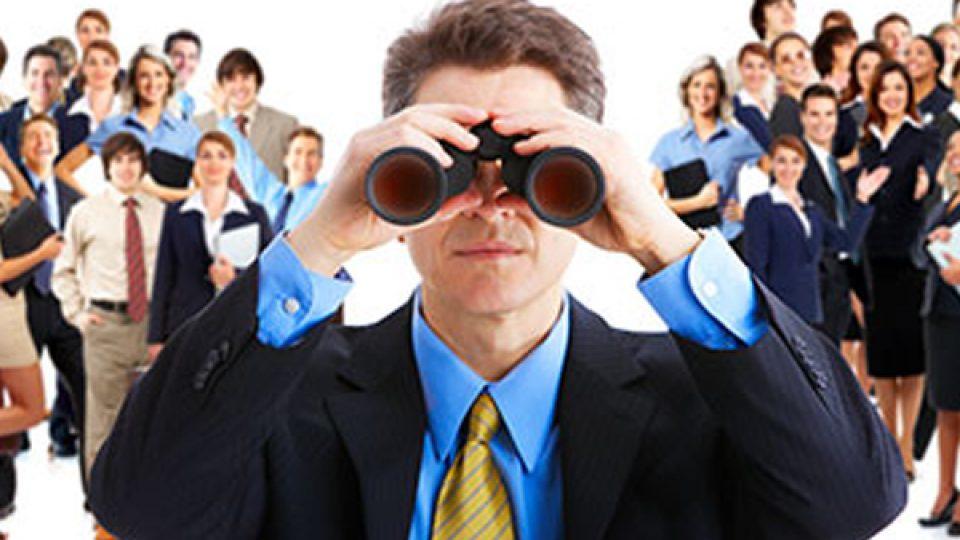 headhunters vs internal recruitment
